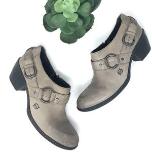Born Ankle Leather Taupe Boots